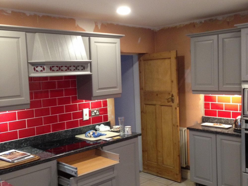 Transforming a kitchen from limed oak to graphite grey